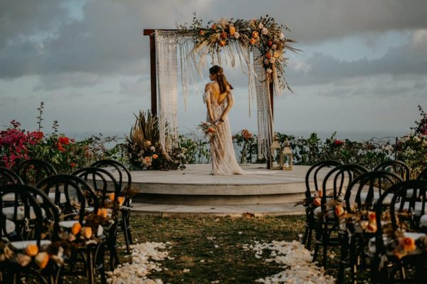 Bride shot wedding at wonderland uluwatu