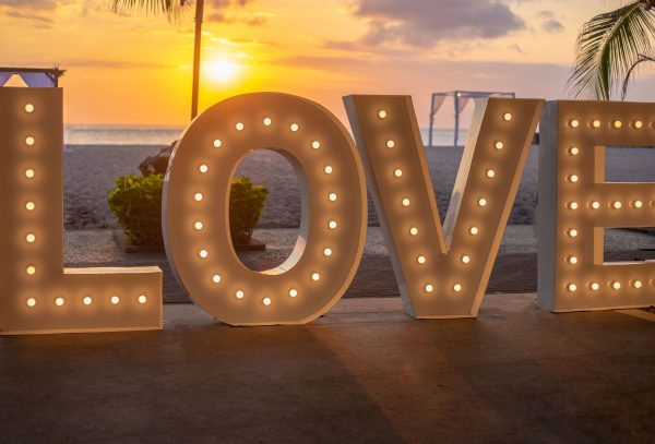 Bali Wedding Love Sign Majoly