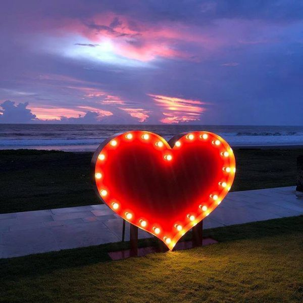 lightup love heart bali