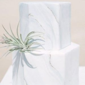 hexagon marbled wedding cake bali