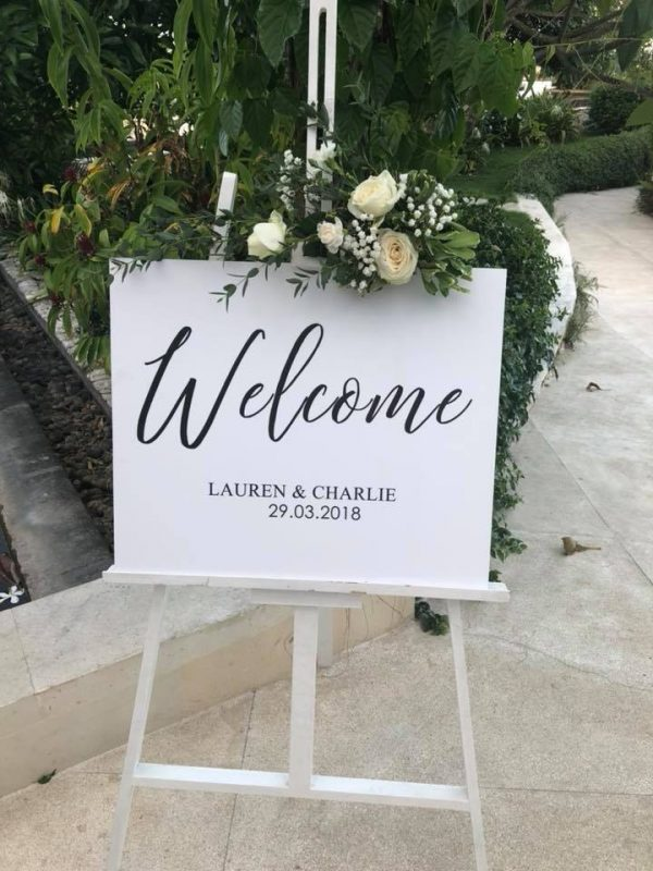 Classic Welcome Sign