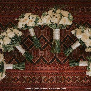 White classic rustic bouquets bali
