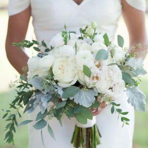 Classic soft bridal bouquet