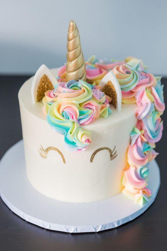 Unicorn birthday cake Bali